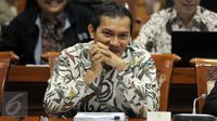 Wakil KPK, Saut Situmorang saat RDP dengan Komisi III DPR RI di Gedung Nusantara II, Komplek Parlemen Senayan, Jakarta, Selasa (14/6). (Liputan6.com/Johan Tallo)