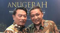 Penghargaan diberikan langsung oleh Kepala Staf Kepresidenan Moeldoko ke Dirut Pelindo III Doso Agung.