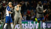 Iker Casillasmengalami serangan jantung saat mengikuti sesi latihan bersama FC Porto, Rabu (1/5/2019). (AFP/Miguel Riopa)