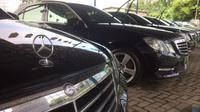 Mercedes Benz E250 yang digunakan rombongan Raja Salman ke Indonesia dijual PT Blue Bird Tbk. (Herdi Muhardi)