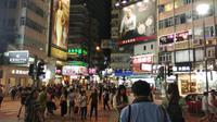 Merayakan Konsumerisme dengan Bangga di Surga Belanja Causeway Bay Hong Kong.  (Foto: Ahmad Ibo/Liputan6.com)