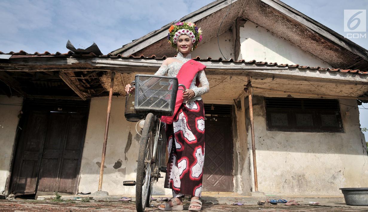 FOTO Ngarot Tradisi Gadis Indramayu Sambut Musim Tanam