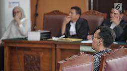 Kepala Sub Direktorat Penyidikan Kemenkominfo Teguh Arifiyadi bersaksi dalam sidang penyebaran berita bohong atau hoaks dengan terdakwa Ratna Sarumpaet di PN Jakarta Selatan, Jakarta, Kamis (9/5/2019). Teguh didatangkan oleh pengacara Ratna sebagai saksi meringankan. (Liputan6.com/Faizal Fanani)