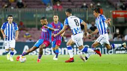 Tampil tanpa sang megabintang Lionel Messi yang hengkang ke PSG, nyatanya Barcelona tetap menunjukan kedigdayaanya sebagai klub papan atas Eropa dengan mencukur tamunya 4-2. (Foto: AP/Joan Monfort)