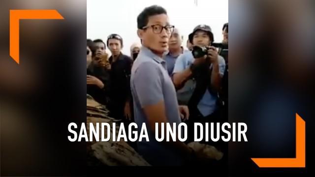 Calon wakil presiden Sandiaga Uno kembali mengalami kejadian tak mengenakkan dalam kunjungan ke TPI Pasar Batu Cermin, Labuan Bajo, NTB.