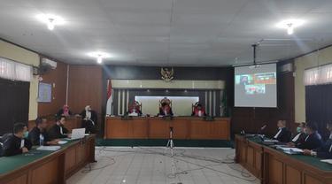 Sidang perkara korupsi yang digelar secara virtual di Pengadilan Tindak Pidana Korupsi Pekanbaru.