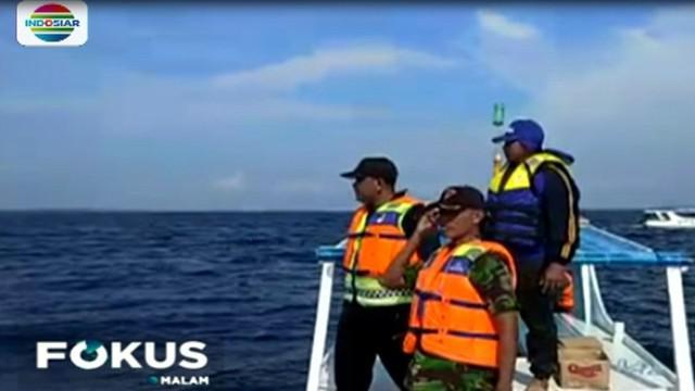 Petugas gabungan, terus berupaya melakukan pencarian empat korban yang hilang, akibat tenggelamnya kapal motor nelayan di perairan Pulau Sapeken, Kabupaten Sumenep, Jawa Timur.