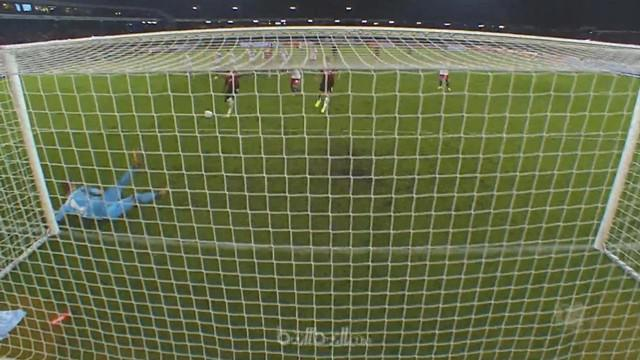 Berita video highlights Bundesliga 2017-2018 antara Hannover melawan Hamburg dengan skor 2-0. This video presented by BallBall.