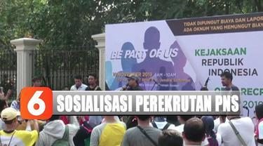 Sosialisasi ini dilakukan guna menarik minat masyarakat menjadi jaksa untuk memenuhi kuota 5.203 jaksa yang ditempatkan di seluruh Indonesia.