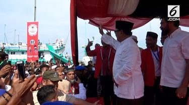 Calon Presiden nomor urut 02 Prabowo Subianto menghadiri peringatan 14 tahun gempa dan tsunami di Banda Aceh.