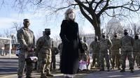 Ibu Negara Jill Biden mengunjungi Garda Nasional di Washington, DC. Dok: AP Photo/Jacquelyn Martin, Pool