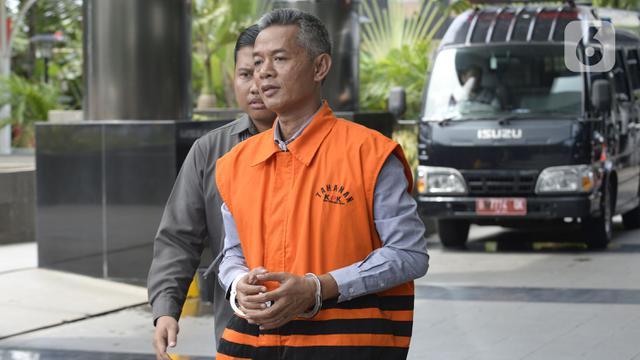 Image result for Wahyu Setiawan Kembalikan Uang Suap PAW ke KPK