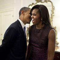 Kisah cinta Barack dan Michelle obama yang manis dan menginspirasi. (Foto: boredpanda.com)