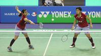 Ganda putri Indonesia Greysia Polii / Apriyani Rahayu lolos ke babak kedua Prancis Terbuka Super Series 2017 yang berlangsung di Stade Pierre de Coubertin, Rabu (25/10/2017). (badmintonindonesia.org)