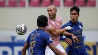 PSIS Semarang mencukur Persik Kediri 3-0 pada pekan ke-7 BRI Liga 1 2021/2022 pada Jumat (15/11/2021) di Stadion Manahan, Solo, Jumat (15/10/2021) sore. (Bola.com/Bagaskara Lazuardi)