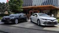 Model terbaru Toyota Camry dibanderol Rp 646.659 juta sampai Rp 806.600 juta. (Arief Aszhari / Liputan6.com)