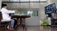 Ketua Umum Dewan Masjid Indonesia (DMI) Jusuf Kalla melakukan telekonferensi bersama pengurus DMI. (Istimewa)