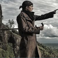 Adipati Dolken jadi Jendral Soedirman. Foto: Instagram (@adipati)