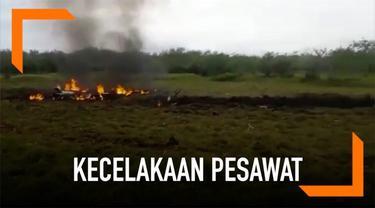 Momen sesaat setelah kecelakaan pesawat di Brazil terekam kamera. Terlihat api membakar di sekitar lokasi kejadian.