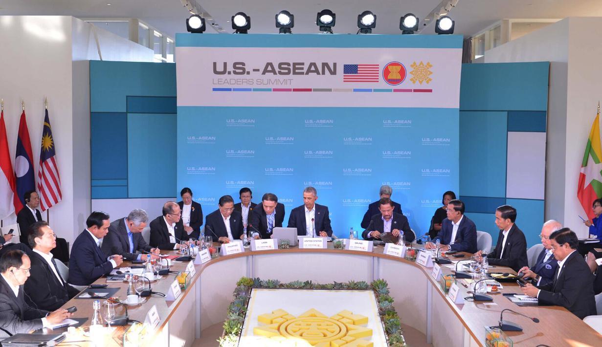Suasana pada ASEAN-US Summit Reatreat I yang dilaksanakan di Interactive Gallery, Sunnylands Center & Gardens, AS (15/2). ASEAN-US Summit merupakan kesempatan baik guna memperkokoh hubungan ASEAN-AS terutama di bidang ekonomi. (Setpres/Ari Dwipayana)