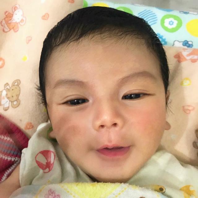 Arsya Dedek Bayi Ganteng Yang Bikin Gemes Di Hari Ibu Health
