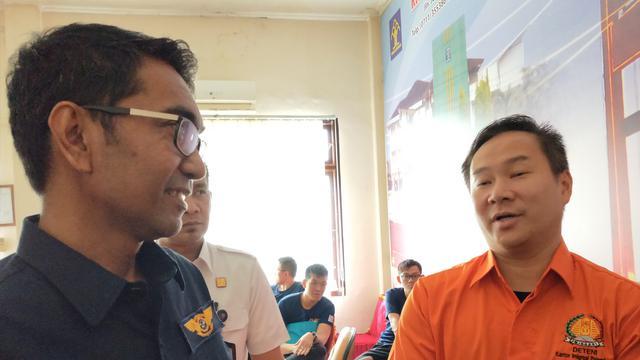 Praktik Terapi Ilegal  Turis Asing Terungkap Diel Palembang