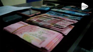 Seorang lurah di Ternate, Maluku jadi otak pencurian uang hingga ratusan juta rupiah. Uang tersebut dibelikannya motor hingga barang rumah tangga.