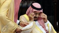 Raja Arab Saudi, Salman bin Abdulaziz Al-Saud bersiap menyampaikan pidato saat mengunjungi Kompleks Parlemen MPR/DPR RI, Jakarta, Kamis (2/3).  (Liputan6.com/Johan Tallo)