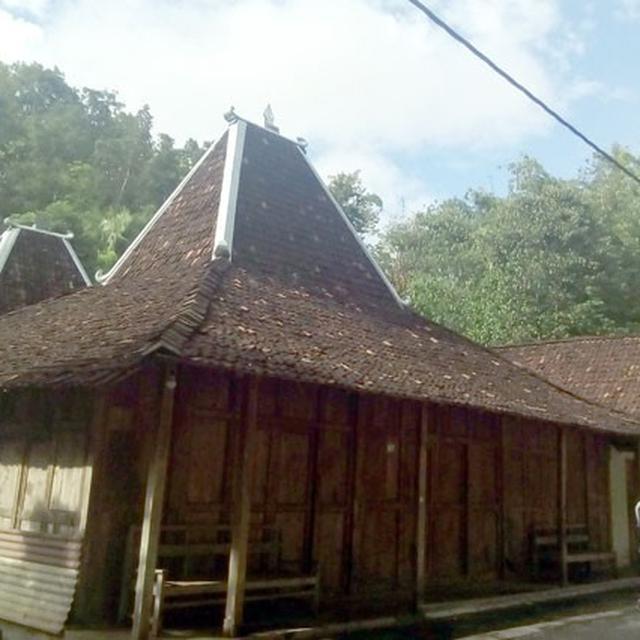 Biaya Spesialis Jasa Bangun Rumah Joglo & Kayu Modern di Jayapura, Papua