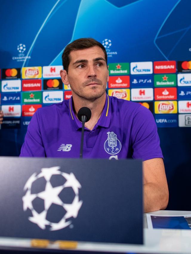 Terkena Serangan Jantung, Iker Casillas Selamat dari Masa Kritis.