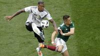 3. Jerome Boateng (Jerman) - Sisi pertahanan menjadi perhatian Jose Mourinho pada musim lalu. Bek tangguh Bayern Munchen ini diprediksi menjadi salah satu incaran untuk menjadi penjaga lini belakang Setan Merah. (AP/Michael Probst)