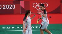 Penampilan ganda putri Indonesia, Greysia Polii/Apriyani Rahayu, pada laga grup Olimpiade Tokyo 2020, Selasa (26/7/2021). (NOC Indonesia)
