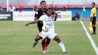 Persipura Jayapura Vs Bali United bermain imbang 2-2 di Stadion Gelora Delta, Sidoarjo, Senin (11/11/2019). (Bola.com/Aditya Wany)