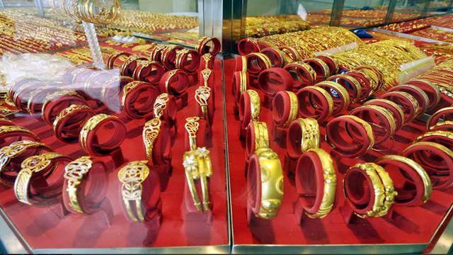 Pelemahan Rupiah Bikin Harga Perhiasan Emas Makin Mahal Bisnis