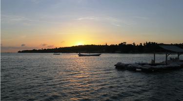 Tempias Sinar Matahari Pagi dari Balik Celurit Madura