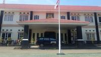 Mobil dinas milik Pemkab Wajo yang dipinjam Kajari hilang misterius (Liputan6.com/ Eka Hakim)