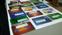 Data yang berhasil disalin pelaku, dipindahkan ke kartu kosong yang sudah disediakan (Liputan6.com/Balgoraszky Arstide Marbun)