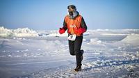 Pelari Indonesia, Fedi Fianto, tertantang untuk mengikuti Triathlon ekstrem di Norwegia setelah menaklukkan lomba lari marathon di Kutub Utara. (Instagram/@gapaitinggi)