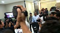 Mantan pimpinan Tim Mawar Mayjen (Purn) Chairawan mendatangi Gedung Bareskrim Polri, Jalan Trunojoyo, Jakarta Selatan. (Merdeka.com)