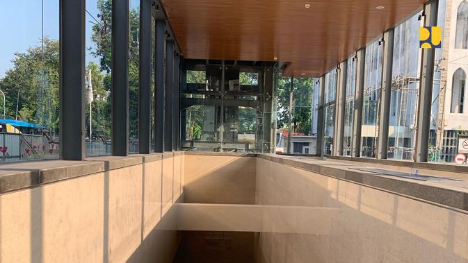 Terowongan Silaturahmi yang menghubungkan Masjid Istiqlal dengan Gereja Katedral Jakarta. (Dok. Kementerian PUPR)
