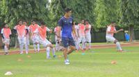 PS TNI akan menjajal kekuatan klub Divisi 2 Liga Malaysia, UiTM. (Bola.com/Permana Kusumadijaya)