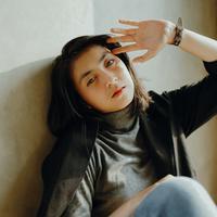 ilustrasi perempuan bosan/Photo by Rio Kuncoro on Pexels