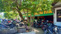 Bakso Pak Ndut Rp2000 di Kediri (Liputan6.com/Dian Kurniawan)