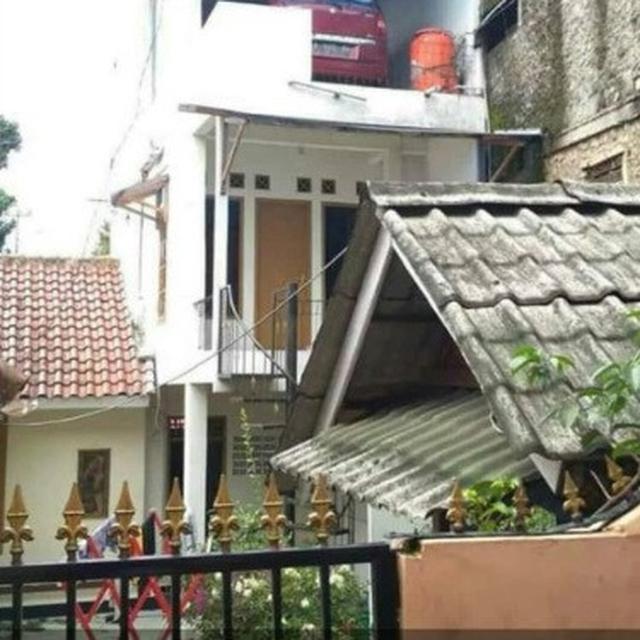 Viral Foto Mobil Terparkir Di Lantai 3 Sebuah Rumah Kok Bisa Citizen6 Liputan6 Com