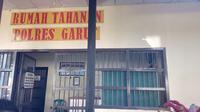 Ruang tahanan polres Garut tempat menitipakan WW dan D, dua tersangka dalam kasus video Vina Garut  (Liputan6.com/Jayadi Supriadin)