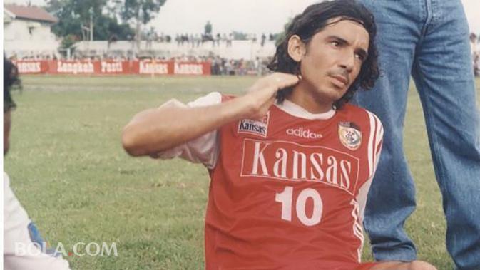 Luciano Leandro saat bermain di PSM. (Bola.com/Dok. Pribadi)
