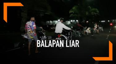 Polres Boyolali, Jawa Tengah melakukan razia pembalap liar. Hasilnya ratusan sepeda motor berhasil ditangkap, dan pengendaranya dihukum oleh polisi.