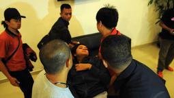 Reihan --sapaan Syarifah Reihan-- pun langsung dibawa ke kamar untuk beristirahat, Jakarta, (19/10/14). (Liputan6.com/Faisal R Syam)