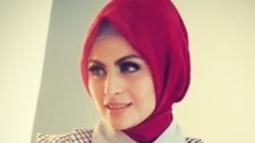 Ditemui di kawasan Tendean, Jakarta Selatan, Selasa (15/5/2018), pemeran sinetron Cinta yang Tertukar itu mengungkapkan alasannya hingga akhirnya memutuskan berhijab. (Instagram/ashasyara)
