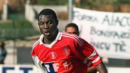 AS Monaco merupakan klub pertama dari George Weah saar memulai petualangan di Eropa. Striker asal Liberia itu didatangkan dari klub Kamerun, Tonerre Yaoundé, pada tahun 1988. (AFP/Staff)